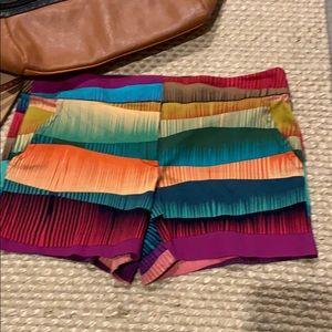 Trina Turk Corbin Shorts Sz 6 Beautiful Colors!